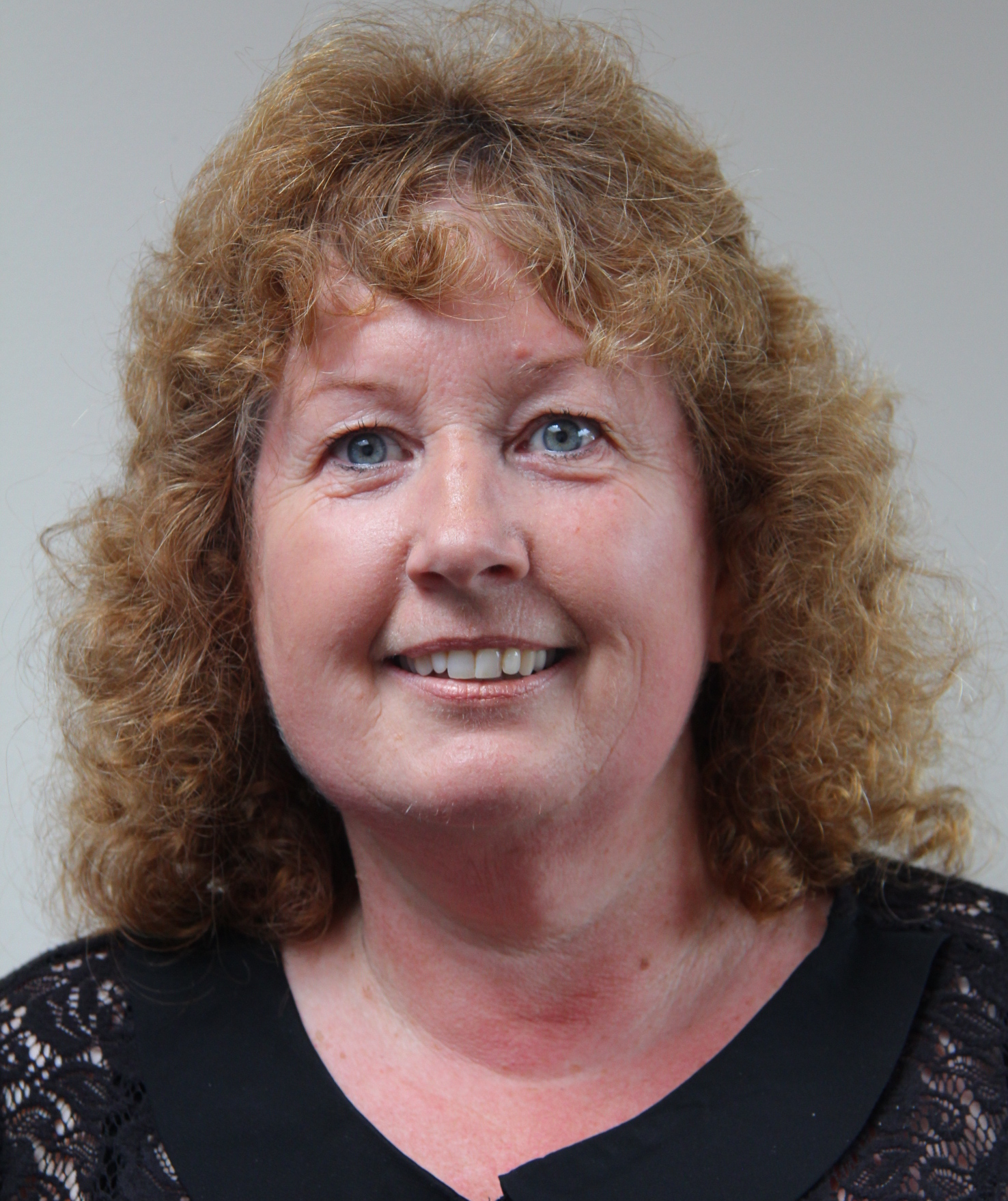 Annette Holmes, Teaching Assistant